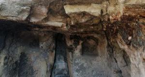 600 yıllık kayadan oyma cami turizme kazandırılmayı bekliyor